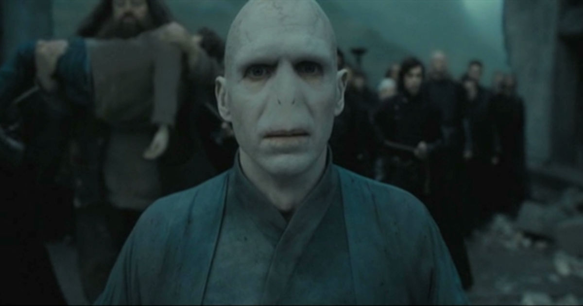 Harry Potter - 11 Reasons We Secretly Wanted To Join Voldemort And The Death Eaters!  - 1010