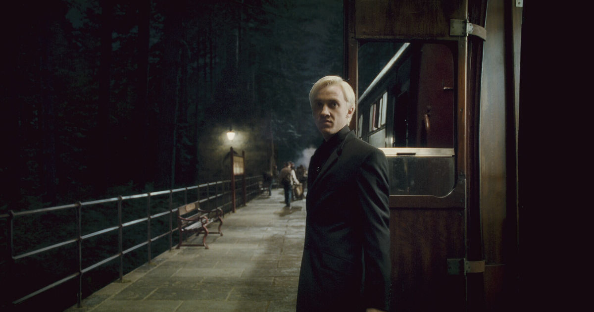 Harry Potter - 10 Signs That You Are Literally Draco Malfoy! - 1006