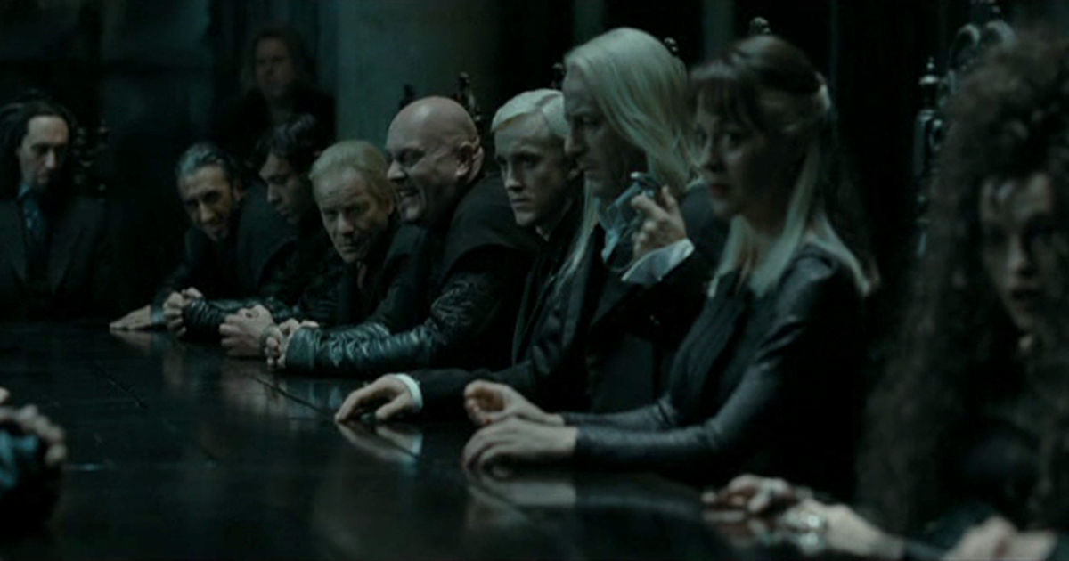 Harry Potter - 11 Reasons We Secretly Wanted To Join Voldemort And The Death Eaters!  - 1003