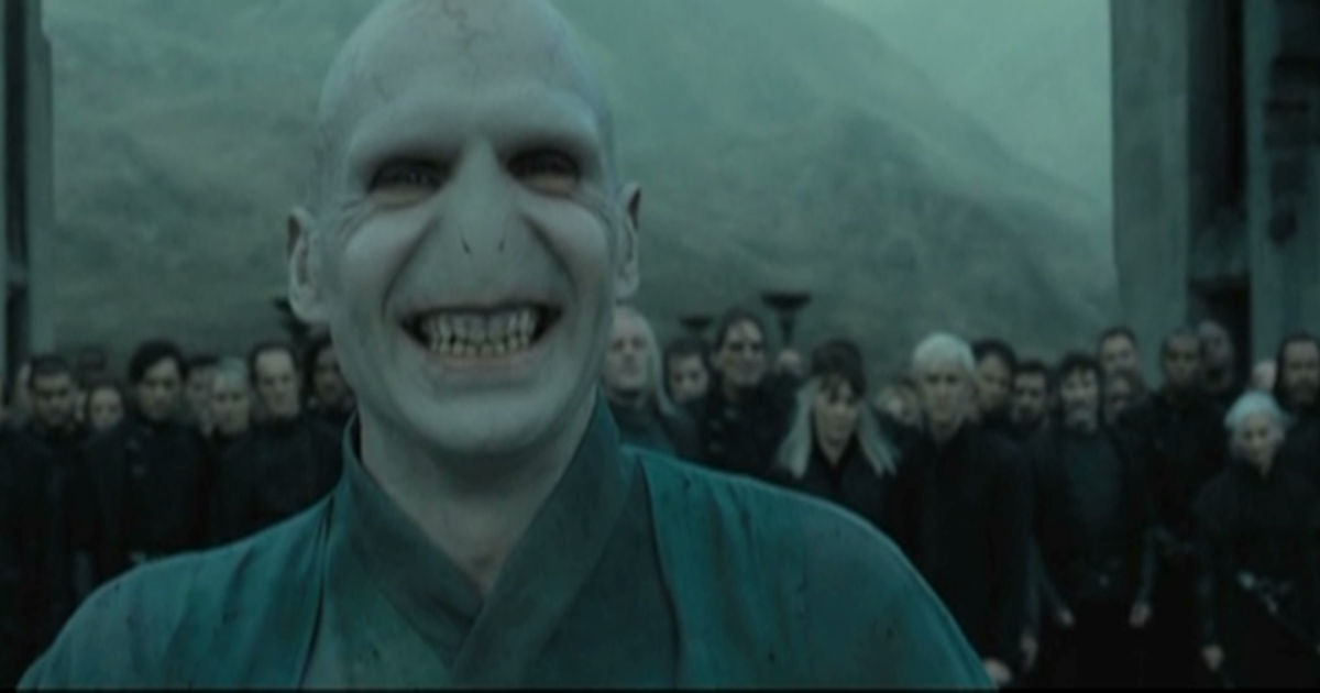 Harry Potter - 11 Reasons We Secretly Wanted To Join Voldemort And The Death Eaters!  - 1005