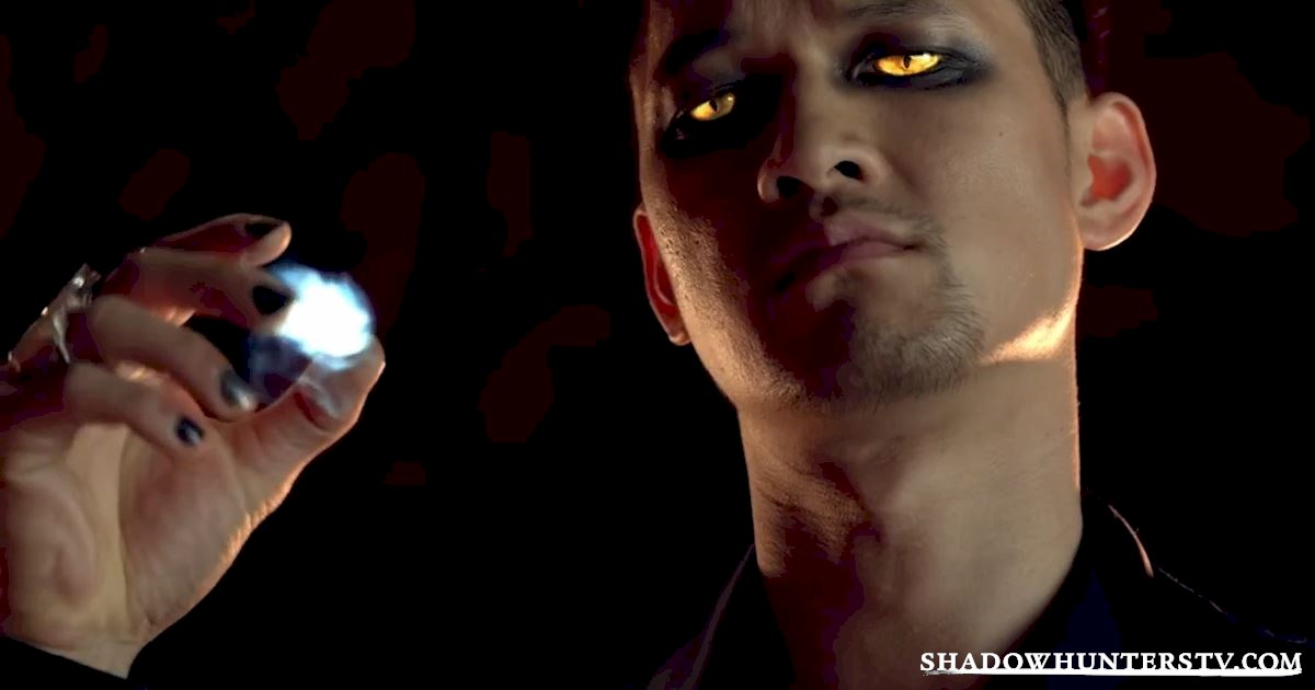 Shadowhunters - 10 Things Downworlders Can Do That You Need in Your Life - 1009