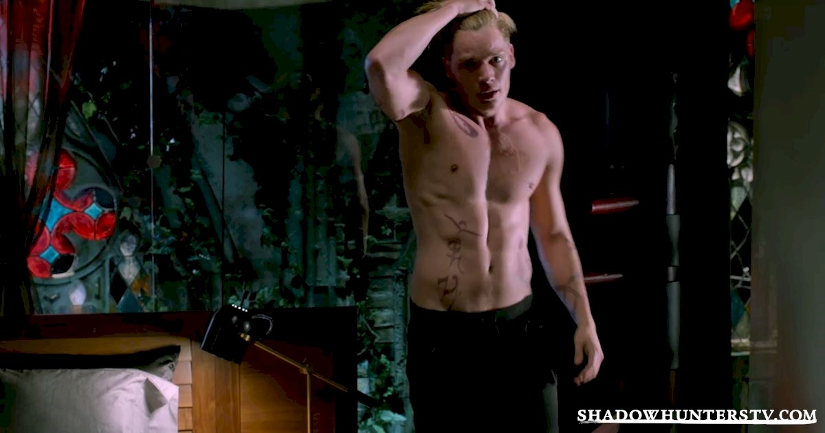 Shadowhunters - 18 Things We Learned from Beyond The Shadows - 1007