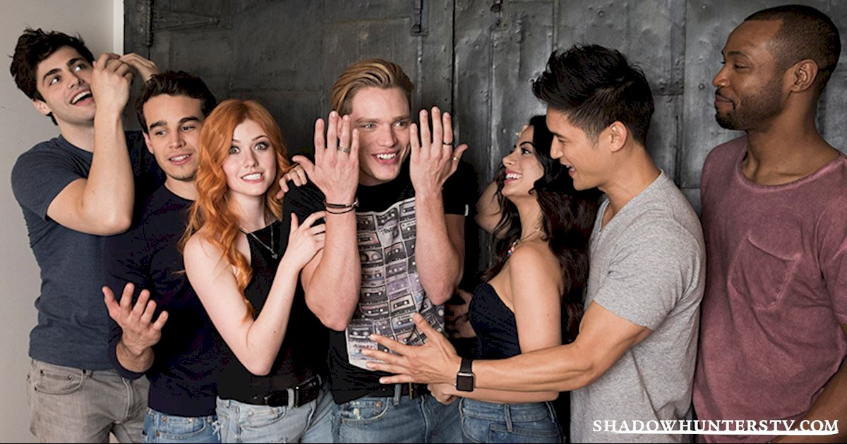 Shadowhunters 11 reasons you cannot miss the shadowhunters premiere